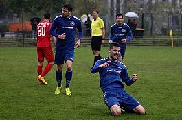 1.Herren bei Hertha 06